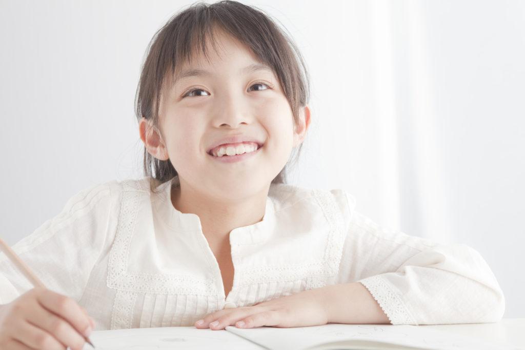 学習塾で学校の授業の補完を!学習リズムの定着におすすめ